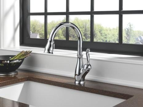 Delta 9178-DST Single Handle Kitchen Faucet with Pull-Out Spray, Diamond Seal Technology and Magnatite Docking from the Leland Collection