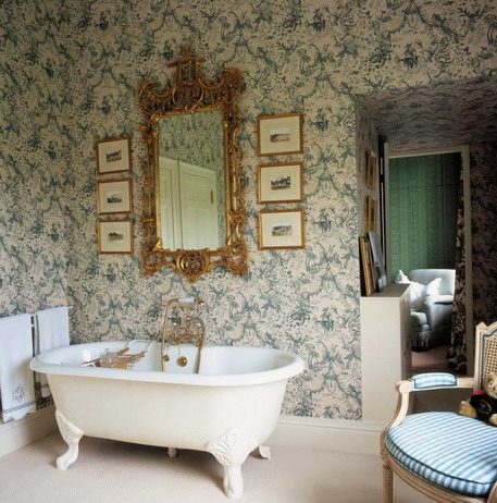 Victorian Style Bathroom With Blue And Cream Floral Wallpaper