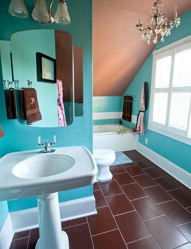 Bright Turquoise Paint Is Mellowed Out By The Earthy Clay-Toned Floor And Ceiling