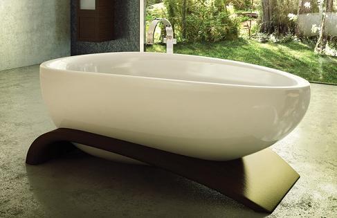 Viaggi Freestanding Bathtub With Wood Base From MAAX