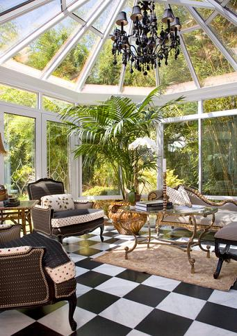 From Classic British Conservatories To Breezy Southern Porches, Sun Rooms Bring The Best Of The Outdoors Inside (by Get Back JoJo, photo by Margot Hartford)