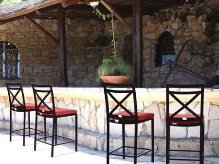 A Permanent, Built-In Bar Can Enhance An Outdoor Kitchen, Creating A Casual, Relaxed Atmosphere That Works Well With Any Size Group