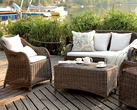 Amilie Resin Wicker Outdoor Set From Caluco - Aluminum Vs. Resin Wicker Outdoor And Patio Furniture