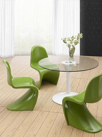 S Chair In Green From Zuo Modern