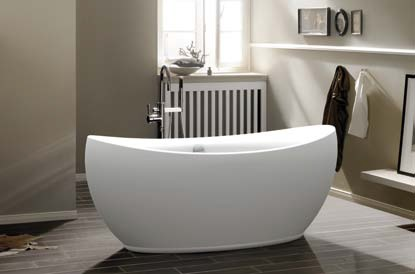 Shapely, statuesque freestanding bathtubs make a gorgeous centerpiece for a large master bathroom, and are more convenient to use and maintain than whirlpool tubs
