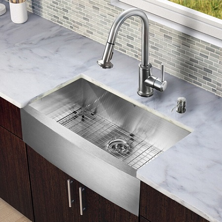 Vigo VG15129 All in One 33-inch Farmhouse Stainless Steel Kitchen Sink and Faucet Set