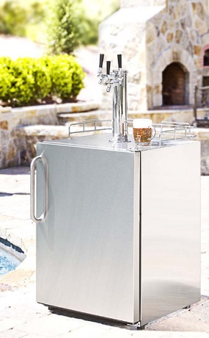 Summit SBC490OS7TWIN Outdoor Kegerator