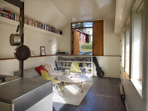 A garage suite can either be a great getaway for two, or a more permanent residence for long-term housemates (SHED Architecture & Design, Benjamin Benschneider)