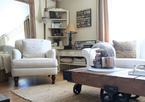 Decorating with found items creates a sense that items that have been passed down and collected over time, emphasizing the timeless quality of a cottage style (by Jennifer Grey Interiors)