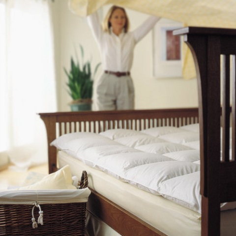 Comfort Company Feather Bed Mattress Enhancer F-75-25 from Ogallala