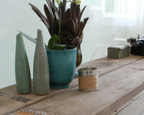 Furniture is certainly not the only place to show off reclaimed pieces! (By Urban Grain)