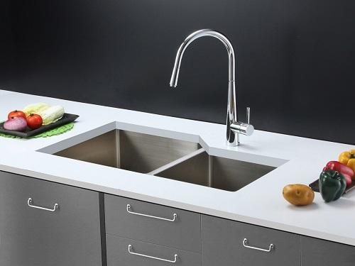 "Gravena 33"" Double Bowl Kitchen Sink 16 Gauge Stainless Steel RVH8150 from Ruvati"