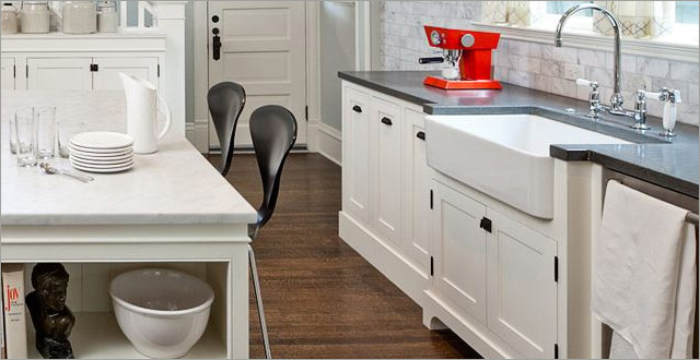 Details Of A French Country Kitchen Design
