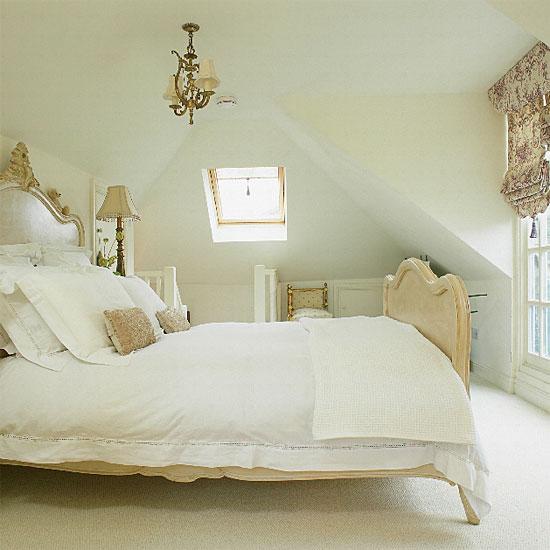Mini Chandelier in a Bedroom