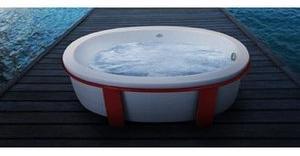 Jacuzzi Riva Freestanding Bath