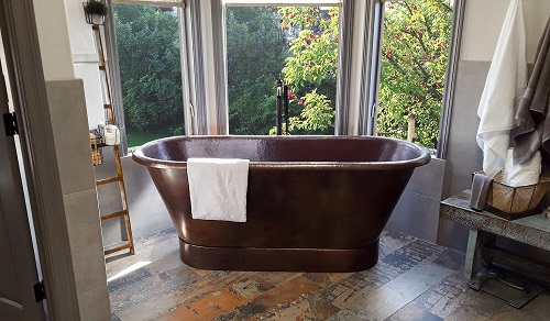 "72"" Hammred Copper Modern Slipper Style Bathtub BTM72DB from Premier Copper Products"