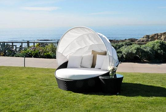 Mixime Day Bed From Caluco