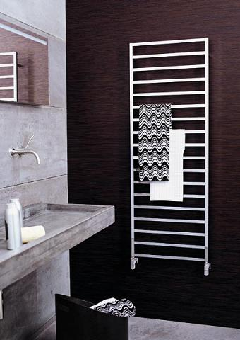 Winter Hydronic Towel Warmer From Scirocco
