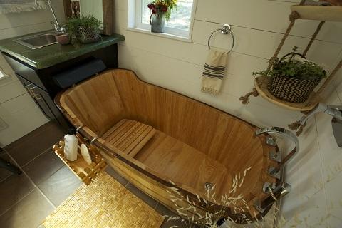 "Free Standing 59"" Oak Wood Bathtub AB1148 from Alfi"