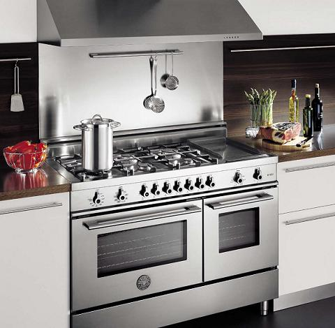 Pro-Style Range With Electric Griddle From Bertazzoni