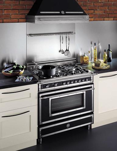 Traditional Style Gas Range From Bertazzoni