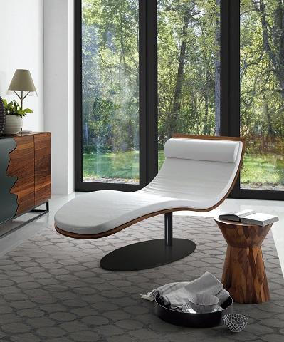 Balzo Lounge Chair from Bellini Modern Living