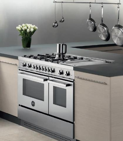 Pro Style Dual Fuel Range With 6 Sealed Burners, Convection Oven, Self Clean, Electric Griddle, and Temperature Probe From Bertazzoni