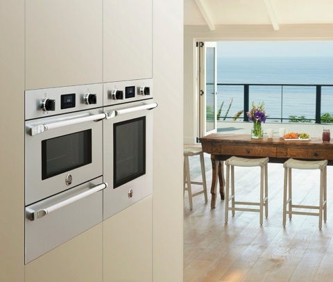 Master Series Convection Wall Oven With Steam Oven and Warming Drawer