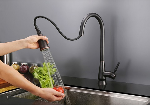 Citadel RVF1252RB Pullout Spray Single Handle Kitchen Faucet from Ruvati