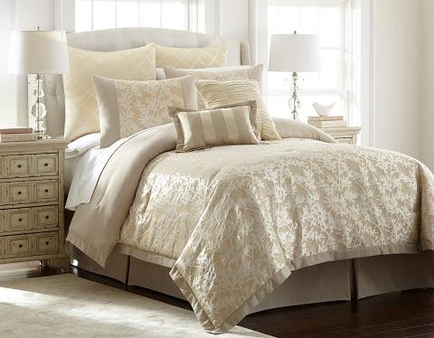 Jacquard Queen Comforter Set 38EBJQCF-KRN-QN from Amrapur