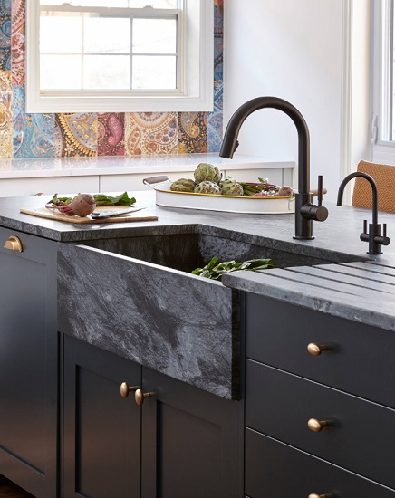 If you've always wanted to break the mold with your kitchen sink, 2020 is the time to try it, with bold, striking statement sinks on the rise (by Square Footage Inc.)